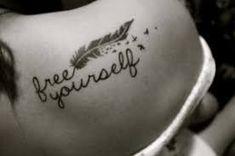 Ideas de frases de tatuajes para mujer. Para más ideas visita nuestro blog.