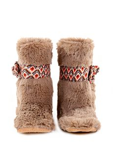 Baby Girl Boots by Myang | Dubaruba #MakersAndDoers #inspiration #fashion  Made in South Africa - www.myang.co.za  #MyangMoms
