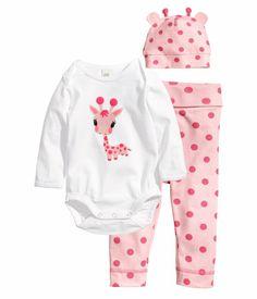 Pink Giraffe Set Bodysuit+Leggings+Hat