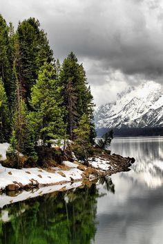 Jackson-Lake-Wyoming