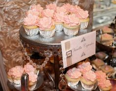 Blush tone wedding dessert buffet by Sweet Soirees of Chicago Fancy Cupcakes, Floral Cupcakes, Wedding Cakes With Cupcakes, Yummy Cupcakes, Giant Cupcakes, Vanilla Cupcakes, Dessert Bar Wedding, Wedding Desserts, Wedding Reception Decorations