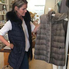 "2,897 aprecieri, 60 comentarii - @aerin pe Instagram: ""Tis the season, new @pologeorgis vests just arrived at AERIN Southhampton"""