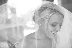 Candid and relaxed Wedding Photography in Melbourne    http://www.weddingsnapper.com.au/blog