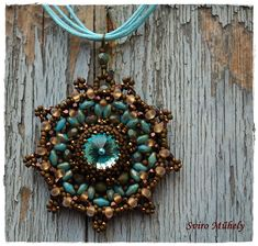 Love the colors -  Porsa Pendant made by Sviro Muhely.  Pattern by Ewa