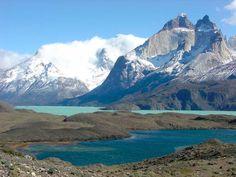 Maravillarse con el majestuoso paisaje en el Parque Nacional Torres del Paine en la Patagonia, Chile
