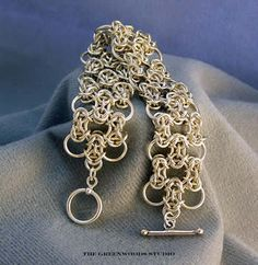 Flowing Byzantine Bracelet : Argentium sterling silver rings. Sterling silver toggle clasp. Made to order #chainmaille