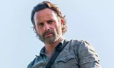 """Andrew Lincoln le dice adiós a Rick Grimes y a """"The Walking Dead"""" Andrew Lincoln, Rick Grimes, The Walking Dead, Walking Dead Season 9, Chandler Riggs, Stuff And Thangs, All News, Best Shows Ever, Net Worth"""