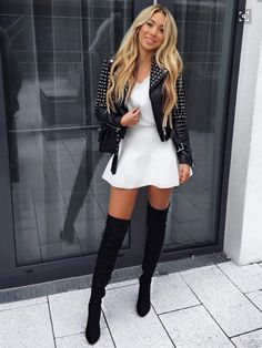 Perfect And Modest Winter Outfits Ideas With Knee High Boots; Outfits Source by shinecoo ideas modest Fashion Moda, Look Fashion, Winter Fashion, Trend Fashion, Fashion Sale, Classy Fashion, Paris Fashion, Fashion Fashion, Fashion News