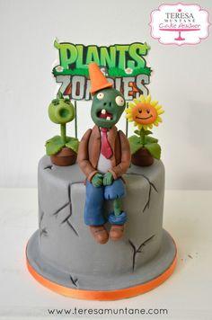 Tarta del juego Plants vs Zombies hecha con fondant en Teresa Muntané Cake Designer en Sant Feliu de Llobregat (Barcelona)