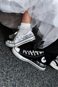 mr and mrs chuck taylors | ... Wedding personalized Chuck Taylor Converse #weddbook #wedding #shoes