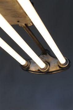 POLAND VINTAGE INDUSTRIAL TRIPLE LED LIGHT NAKED ポーランド ヴィンテージ インダストリアル トリプル チューブ ライト