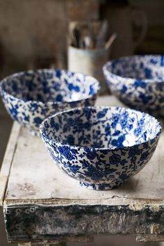 Discover the ceramics industry and potteries around Stoke-on-Trent on HOUSE - design, food and travel by House & Garden. Blue And White China, Blue China, Blue Pottery, Ceramic Pottery, Vintage Pottery, Pottery Vase, Ceramic Plates, Ceramic Art, Wheel Thrown Pottery
