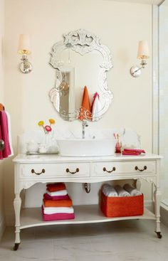 Love that you can switch it up.  Tangy vibrant oranges and pinks in the winter.  Perhaps cool blues & teals in the summer.