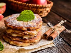A breakfast classic but with a fun twist, cinnamon has many health benefits like containing antioxidants, lowering bad cholesterol, supporting weight loss, and boosting brain function. Adding cinnamon to your pancakes will benefit more than just your taste buds!