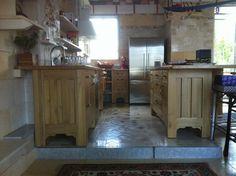 Country Kitchens, Kitchen Island, Home Decor, Island Kitchen, Homemade Home Decor, Country Kitchen, Decoration Home, Country Style Kitchens, Interior Decorating