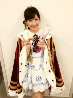 Mayu Watanabe AKB48 37th Single selection general election. She wears Idol no Ouja costume!