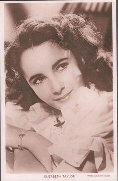 """ELIZABETH TAYLOR VINTAGE """"PICTUREGOER"""" POSTCARD  SERIES 128-NO.B12   eBay"""
