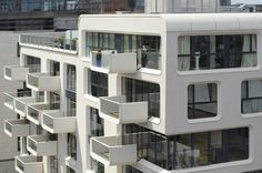 Baufeld 10 apartment building in Hamburg, Germany; designed by LOVE architecture and urbanism; photo by Anke Müllerklein Contemporary Apartment, Contemporary Architecture, Amazing Architecture, Architecture Details, Interior Architecture, Interior And Exterior, Houses In Germany, Normal House, Big Building