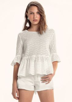 Flounce Sleeve Keyhole Back Eyelet Top - Her Crochet New Fashion Shirts, Fashion Outfits, Womens Fashion, Kurta Designs, Blouse Designs, Classy Outfits, Casual Outfits, Nightgown Pattern, Couture Tops