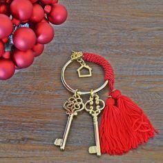 Γούρια 2018   Zoulovits® Christmas 2019, Christmas Home, Christmas Crafts, Christmas Decorations, Diy And Crafts, Arts And Crafts, Lucky Charm, Key Rings, Seasonal Decor