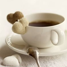 So cute for a tea party, heart shaped sugar cubes I Love Coffee, Coffee Break, My Coffee, Sweet Coffee, Morning Coffee, Sweet Cup, Coffee Heart, Black Coffee, Café Chocolate