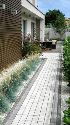 Garden Design Backyard - New ideas Side Yard Landscaping, Backyard Patio Designs, Modern Landscaping, Landscaping Ideas, Modern Garden Design, Garden Landscape Design, Modern Landscape Design, Contemporary Landscape, Dream Garden