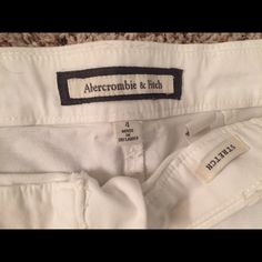 END OF SUMMER SALE! Abercrombie shorts Abercrombie shorts; stretch, size 4 Abercrombie & Fitch Shorts Cargos