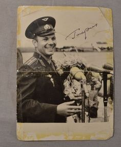 Gagarin Autograph Signature on Photo Original 1961 Cosmonaut First Man in Space Space Boy, Space Race, First Humans, Soviet Union, Animation Film, Short Film, Cosmos, Monochrome, Nostalgia