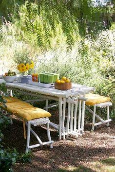 Timmer omgewingsvriendelike tuinmeubels