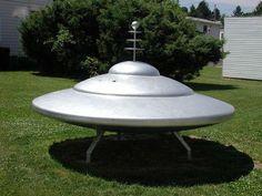 flying saucer prop