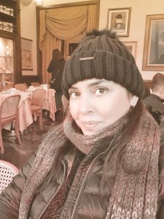 Relax^^ #coffee #travel #florence #travel #Rivoire #coffeetime Coffee Travel, Coffee Time, Florence, Mascara, Winter Hats, Relax, Lifestyle, Shopping, Fashion