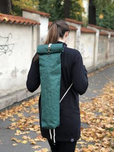 Obal na jógamatku (Jogabag) - Lahvově zelená Lany, Sustainability, Jackets, Fashion, Down Jackets, Moda, Fashion Styles, Fashion Illustrations, Jacket