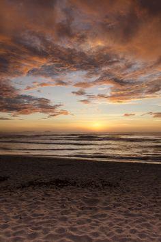 Sunset in Itamambuca beach, Ubatuba - SP... Lov it!