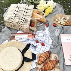 French Picnic, Picnic Date, Ball Birthday Parties, Games For Girls, Cravings, A Perfect Day, Good Food, Food And Drink, Healthy Recipes