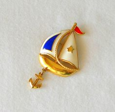 Vintage Sailboat Brooch Gold Tone Red White & Blue Enamel Spring Jewelry