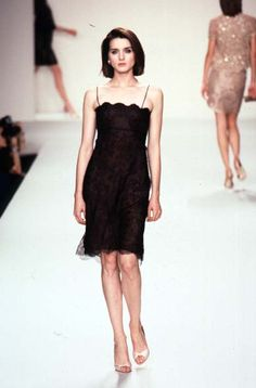 Oscar de la Renta - Ready-to-Wear Spring / Summer 1997 #oscardelarenta #fashion #vintage #90sfashion