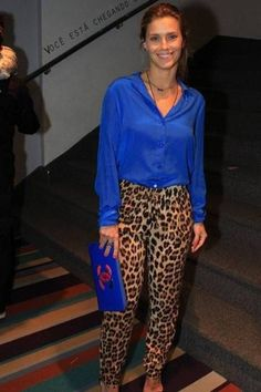30 Leopard Pants Matching Ideas with All Clothes in Your Wardrobe Outfit, # Printed Pants Outfits, Leopard Print Outfits, Leopard Print Pants, Animal Print Outfits, Animal Print Fashion, Leopard Pants Outfit, Royal Blue Pants, Royal Blue Outfits, Royal Blue Blouse