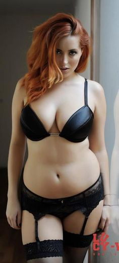 Sexy black lingerie set #curves