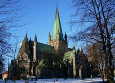 Nidaros Cathedral in Trondheim is the largest medieval building in Scandinavia a. Cousins, Medieval, Norway Viking, Future Travel, Pilgrimage, Amazing Architecture, Trip Planning, Barcelona Cathedral, Castle
