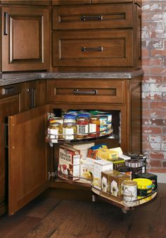 Maximize odd corners with a Base Corner with Curved Pullout cabinet from Diamond, which puts all food items or cooking equipment at your fingertips. http://www.diamondcabinets.com/