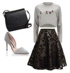 Falda midi con sudadera cropped, bandolera negra y salones claros