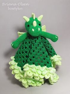 Knot Your Nana's Crochet: Smaug the African Flower Dragon Pattern Review + Dragon Patterns