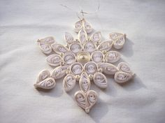 A touch of gold is the PERFECT Snowflake
