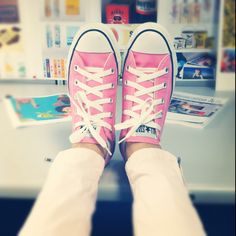 Pink Converse & pink Zara pants