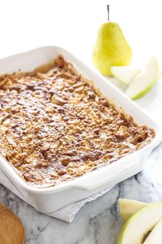 Pears and almonds are the perfect combination in this easy to make baked oatmeal!