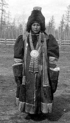 Yakut Shaman Woman in elaborate clothing, Siberia, Russia, by Waldemar Jochelson Shaman Woman, Cultural Identity, Samana, Imperial Russia, Folk Costume, Costumes, Mongolia, Central Asia, Soviet Union