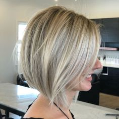 70 Best A-Line Bob Hairstyles Screaming with Class and Style Blonde Balayage Bob For Straight Hair looks pretty for pretty girls like my Lil Miss Sunshine Girl, Blonde Balayage Bob, Balayage Straight Hair, Short Straight Hair, Short Hair Cuts, Balayage Highlights, Thick Hair, Blonde Bob Hairstyles, Straight Hairstyles, Quick Hairstyles