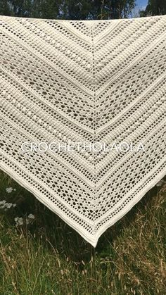 Colour : light cream    It has been made of Scheepjes Whirlette yarn , 60 % cotton & 40% acrylic  Approx diameters:   Height - 75cm / 29.5inches Width - 170cm / 67inches Side length - 117cm / 46inches