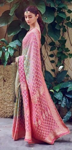 Best Bollywood Inspired Party Wear Sarees - All About The Woman Indian Look, Dress Indian Style, Indian Dresses, Indian Ethnic, Pakistani Dresses, Latest Designer Sarees, Indian Designer Outfits, Latest Sarees, Bandhani Saree