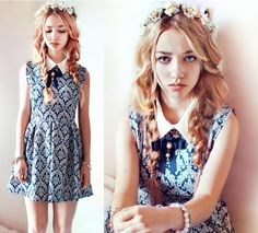 My favorite blogger,Aksinya Air. Her amazing blog: http://freestyleblog.net/